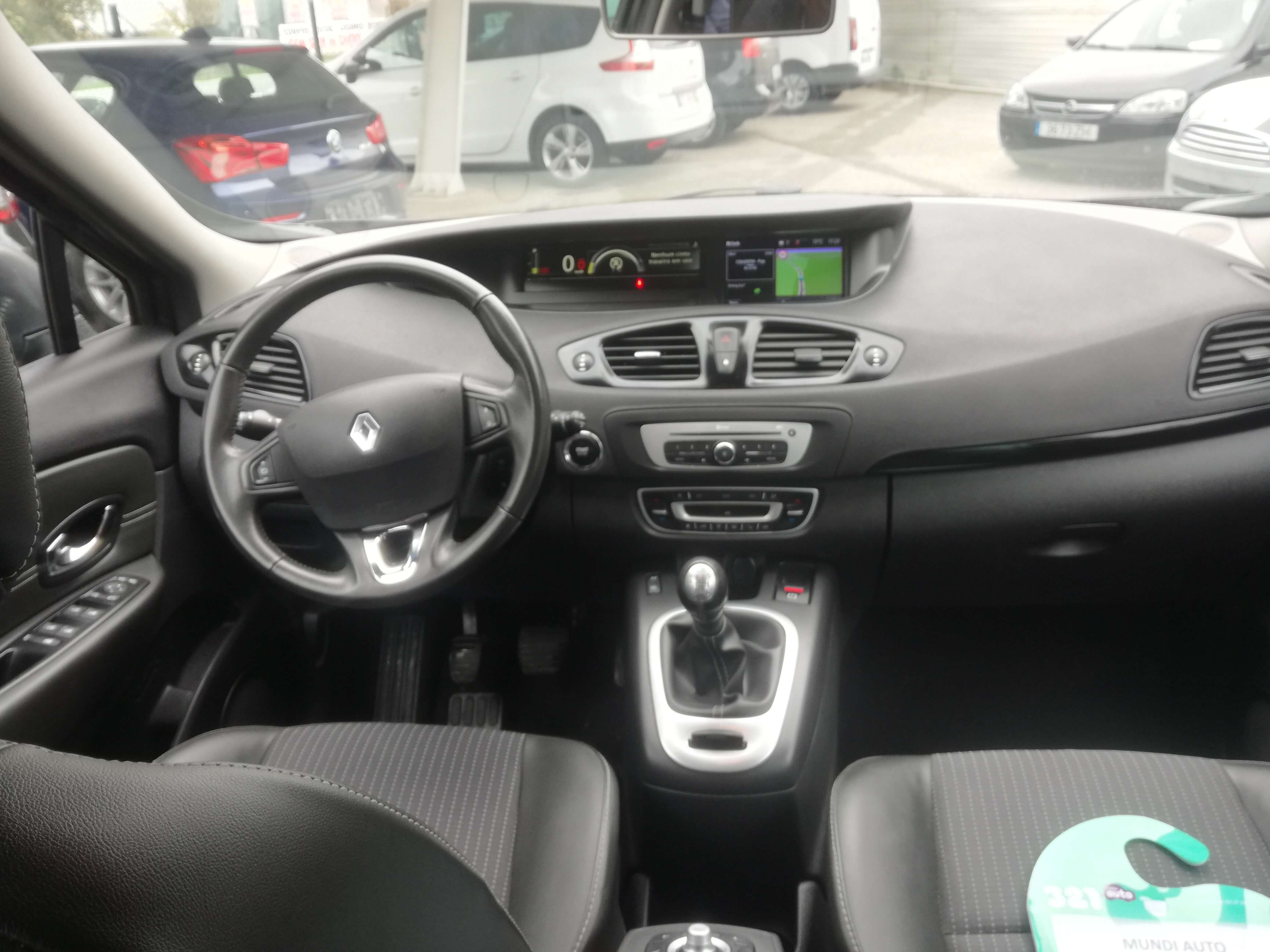 Renault Grand Scenic 1.5 DCI 110 LIMITED | Imagem 11