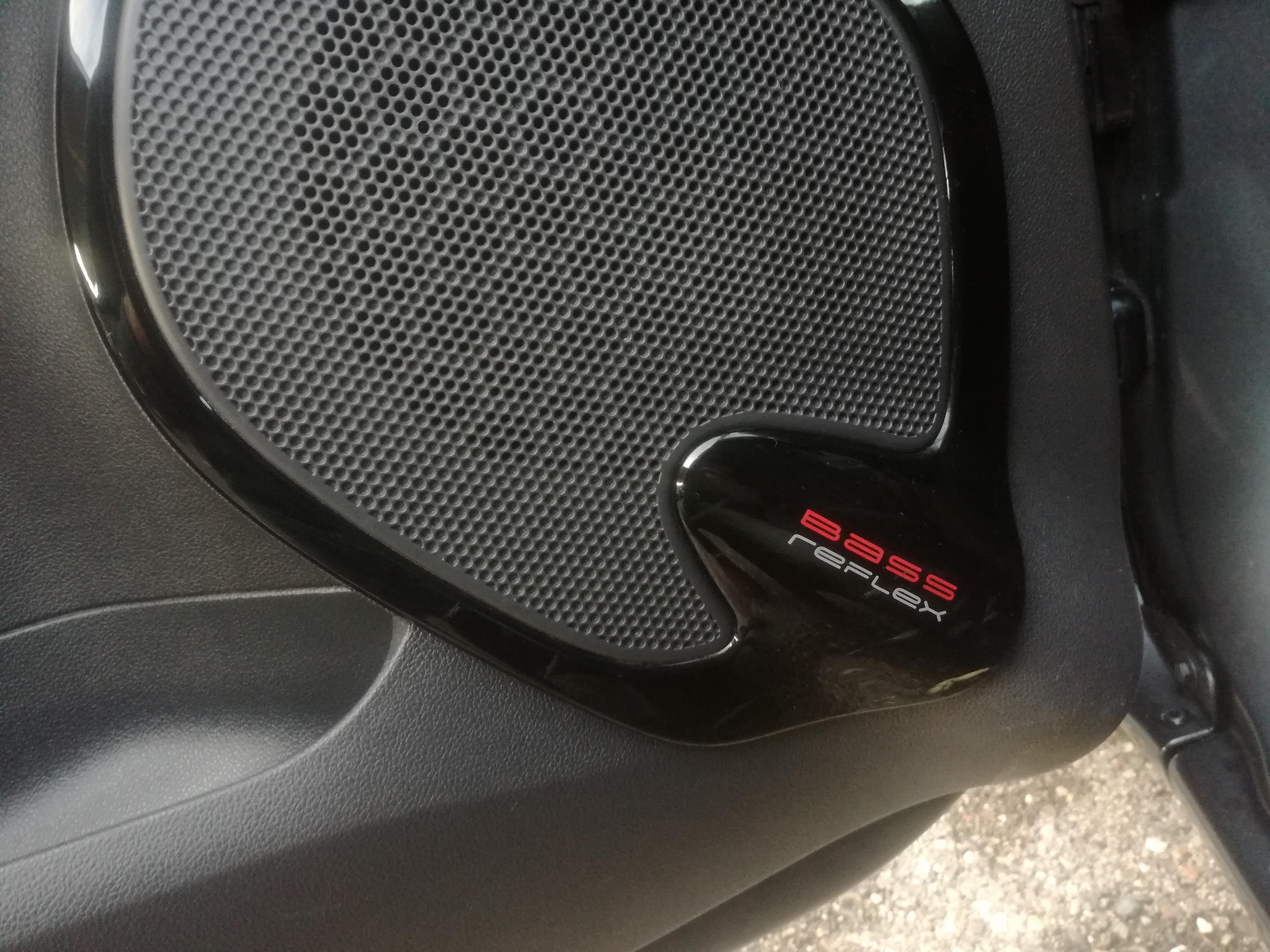 Renault Clio 1.5 DCI BASS REFLEX | Imagem 11