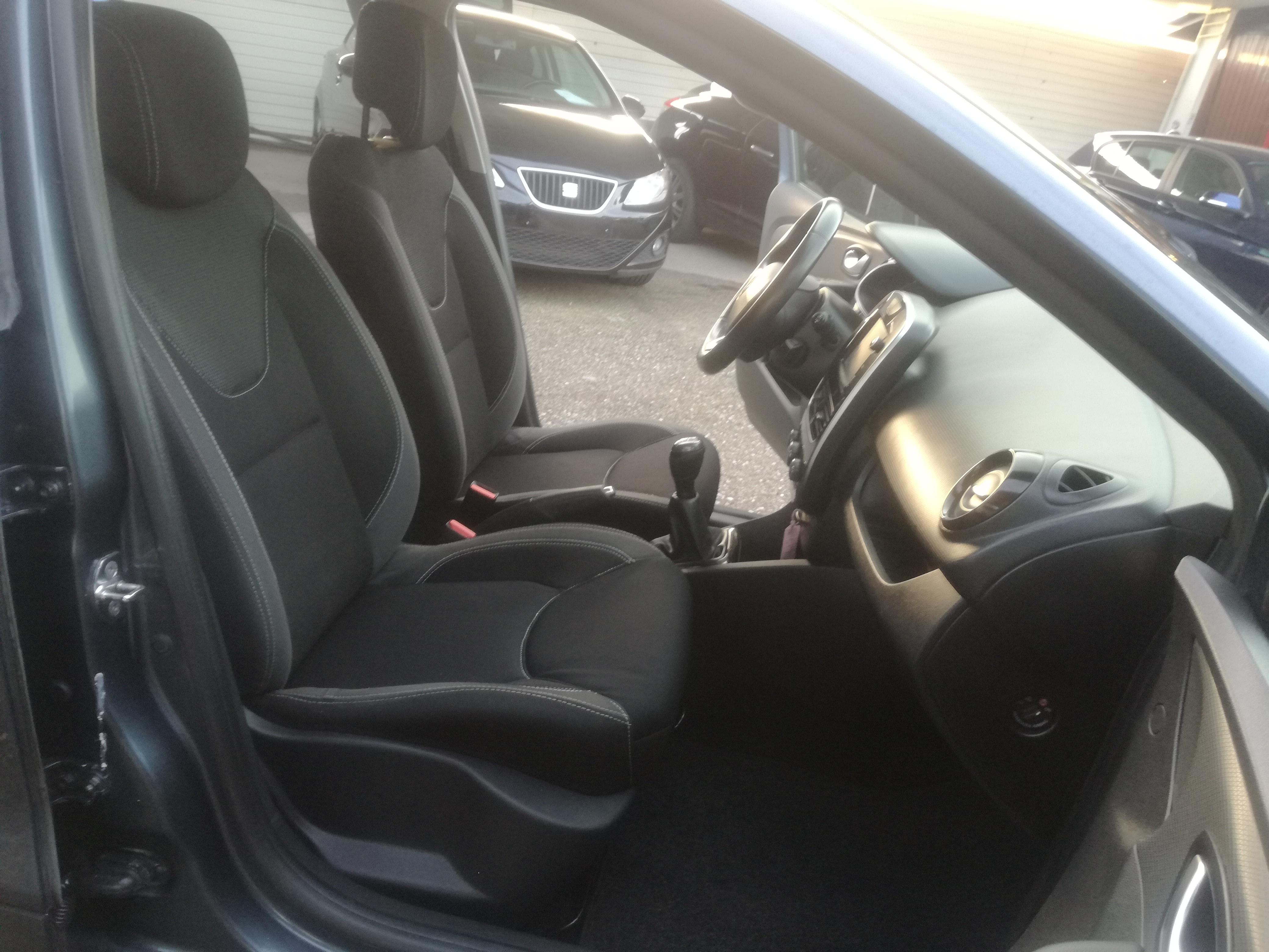 Renault Clio 1.5 DCI BASS REFLEX | Imagem 16