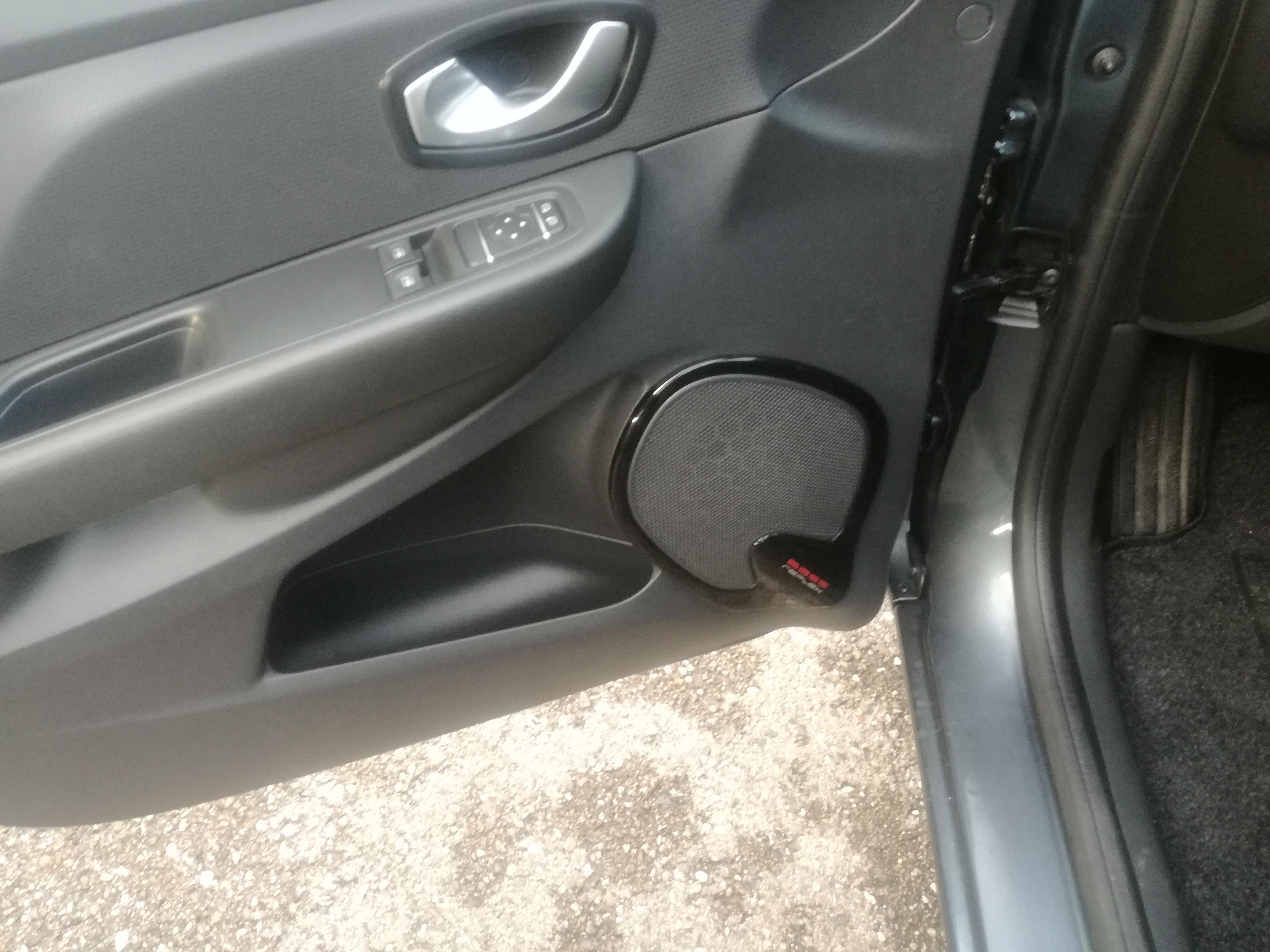 Renault Clio 1.5 DCI BASS REFLEX | Imagem 10