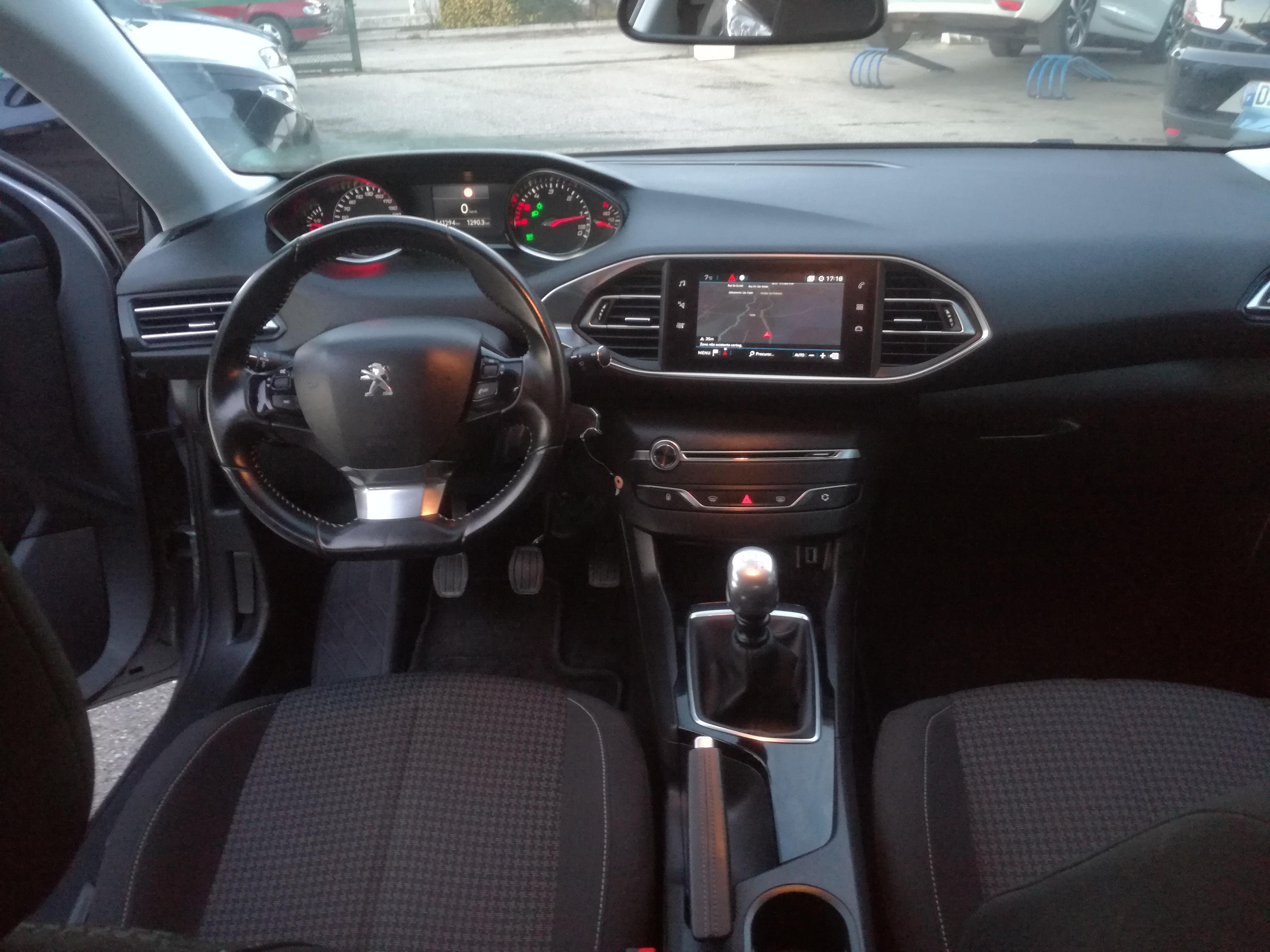 Peugeot 308 SW Active 1.6 HDI 120CV | Imagem 16