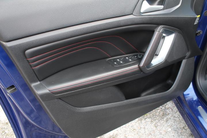Peugeot 308 SW 1.6 BLUEHDI GT LINE 120CV   Imagem 16
