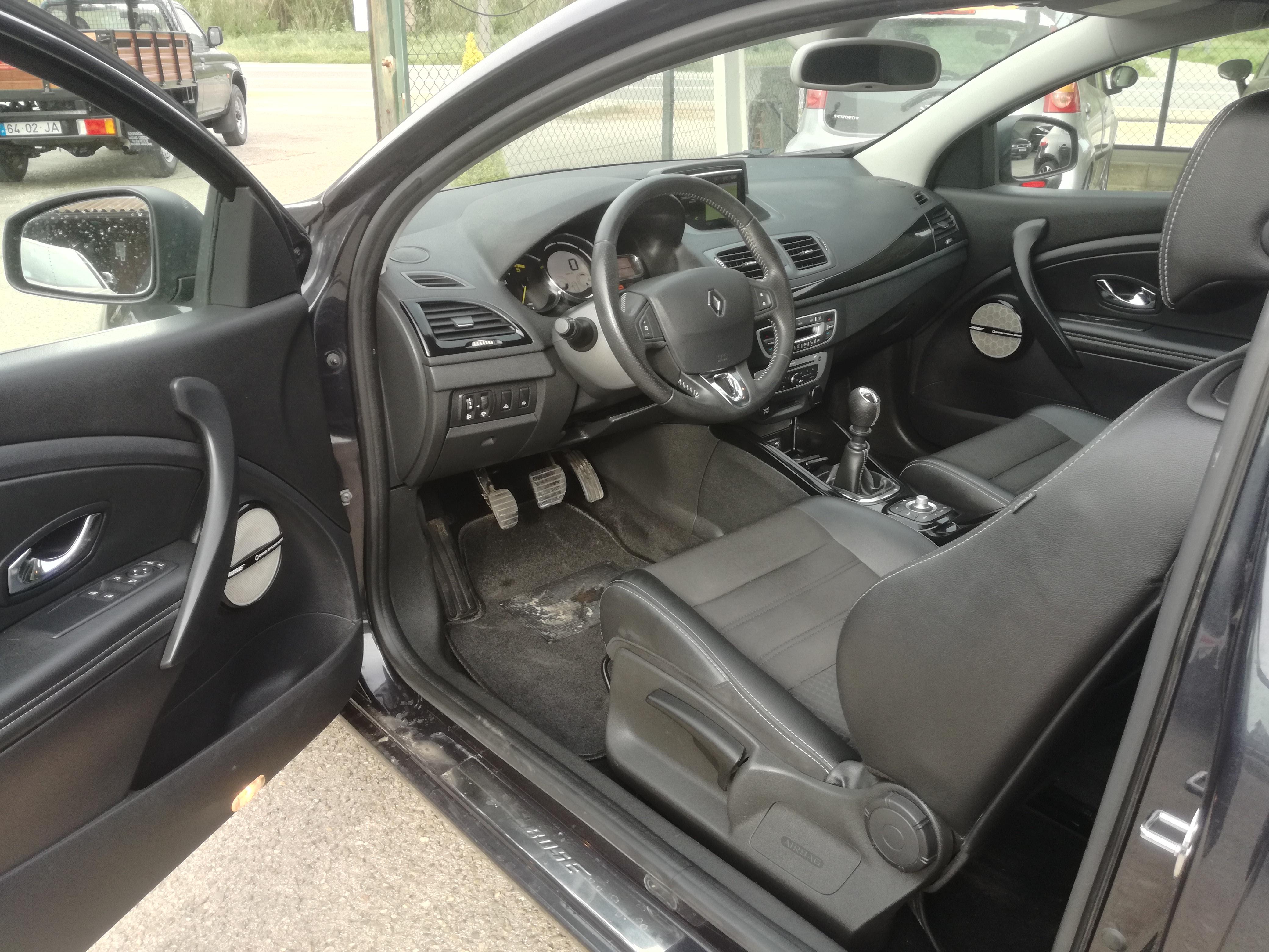 Renault Mégane Coupe 1.6 DCI 130 Bose Edition   Imagem 7